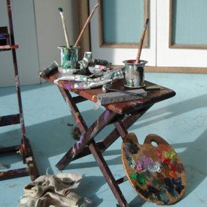 Volledig miniatuur Atelierset door miniatuurkunstenares Diane Meyboom voor een poppenhuis of in de woonmaker als bijzonder item. 1:12 en met de hand gemaakt